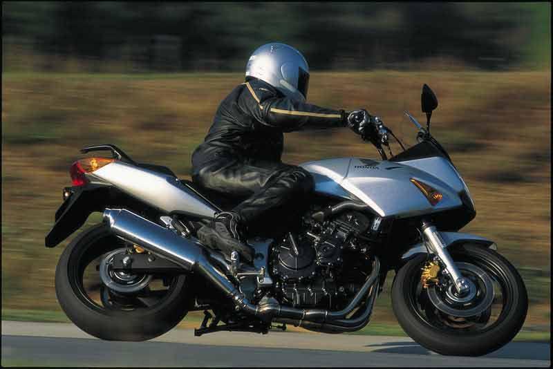 echappements pour honda cbf 600 pc38 2004 2007 motokristen. Black Bedroom Furniture Sets. Home Design Ideas