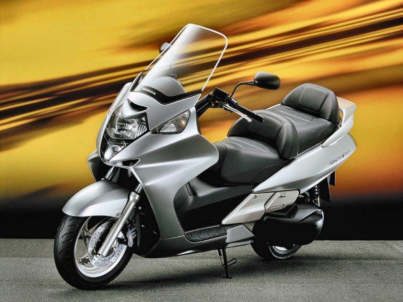 echappements pour honda silverwing 600 pf01 motokristen. Black Bedroom Furniture Sets. Home Design Ideas